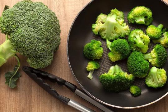 Bông cải xanh - nguồn dưỡng chất tuyệt vời giúp đẩy lùi bệnh ung thư Bong-cai-xanh-giup-ngua-ung-thu-gan